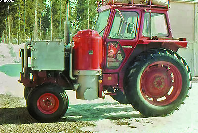 Рис. 9. Газогенераторный трактор Volvo (газогенератор модели F-500), 1979 год