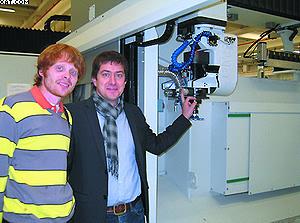 Игорь Копченов (Florentina) и Михаил Зайцев (SCM Group) на проверке станка в Италии