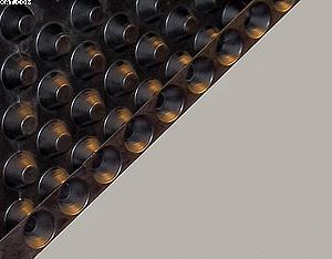 Рис. 3. Разрез пустотелого дверного полотна с заполнением из двух листов пластмассы с конусами, полученными путем вакуум-формования