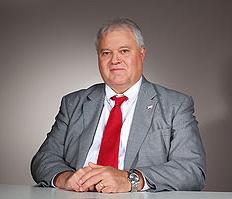 Директор подразделения дорожно-строительной и лесозаготовительной техники по России и странам СНГ компании John Deere Том Троун
