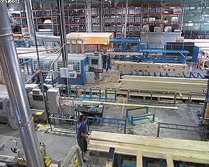 Общий вид одной из производственных площадок дает наглядное представление о техническом оснащении производства