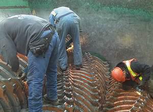 Рис. 9. Восстановление рабочей части оборудования после обработки 600 тыс. кв м древесины