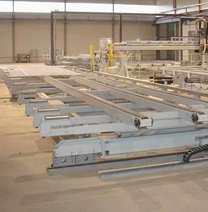 Завод укомплектован автоматизированной линией по производству стен и перекрытий для каркасно-панельных домов Weinmann