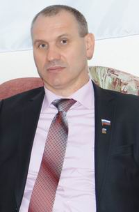 Юрий Меньшиков