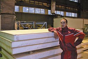 На участке производства SIP-панелей