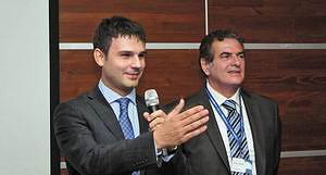Генеральный директор московского представительства SCM Group Борис Чернышев и координатор SCM Group в Восточной Европе Паоло Ломбардини