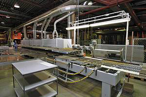 Кромкооблицовочный станок Homag Optimat KAL-310, оборудованный системой возврата детали Boomerang